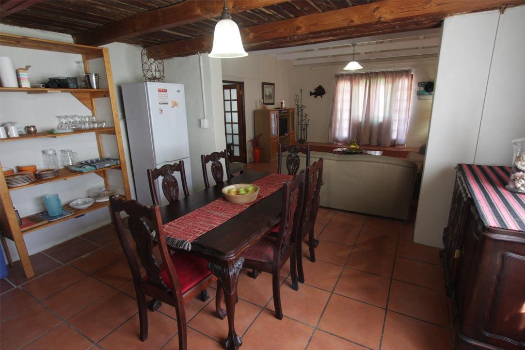 room6-kitchen
